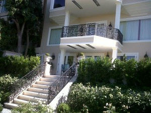 April 2011 - Pacific Heights 3